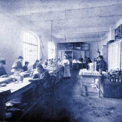 1927_CsomagolTó